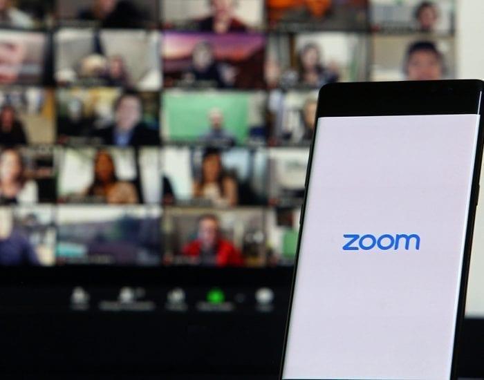 interpretacion-simultanea-de-videoconferencias-con-zoom-valencia-va-traduccion-simultanea